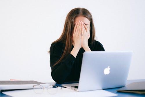 Gamle e-postkontoer og andre nettkontoer kan gi deg problemer